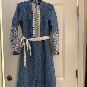 Women dress. Length to heel. Used once.